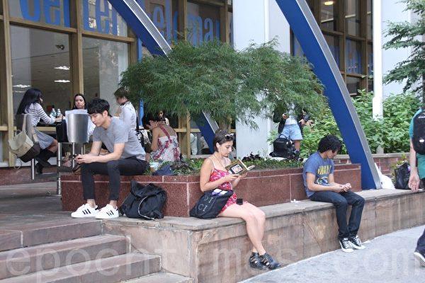 中国一大学女生宿舍有6女孩被常春藤录取