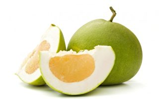 柚子吃完皮别丢!DIY柚子精油、洗碗精
