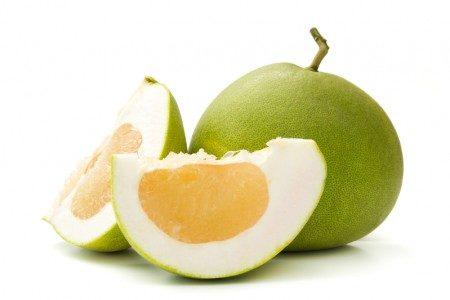柚子皮具有食用、驅除異味、防蚊蟲等功效。(fotolia)