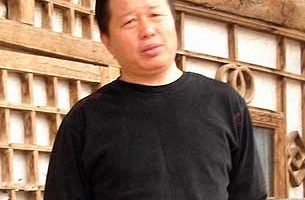 高智晟出獄週年音訊仍無 妻兒控告江澤民