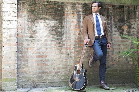 男人的风格,穿衣,西服,衬衫,吉他(fotolia)