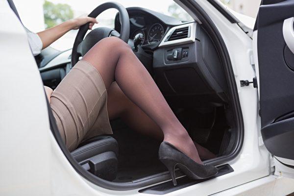 「愛美」女司機撞車了 就是它惹禍