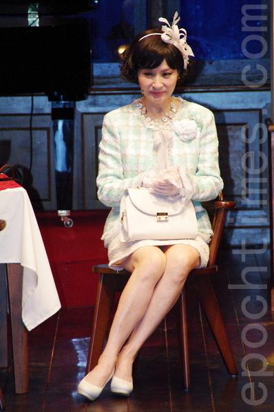 舞台剧《同学会》于2015年8月7日在台北举行首演彩排暨宣布加演记者会。 图为方芳芳。(黄宗茂/大纪元)