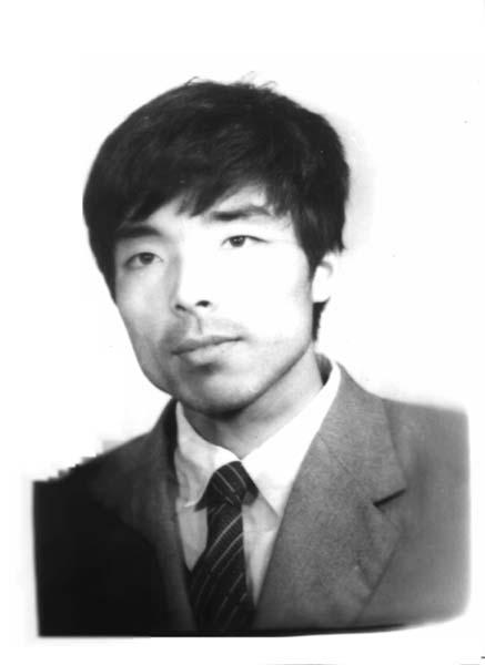 大庆石油管理局设计院计算机工程师 、法轮功学员王斌(明慧网)