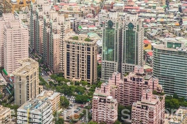 建商大逃亡?台北市新建案恐跌破19年新低