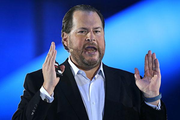 Salesforce执行长马克‧贝尼奥夫(Marc Benioff)表示,Salesforce是目前成长最快速的软件公司。。(Justin Sullivan/Getty Images)