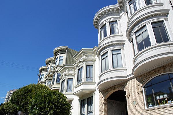 湾区房价8月降低10个百分点