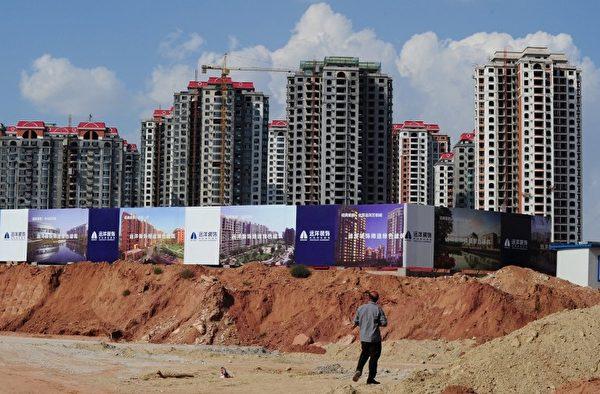 相较2014年第二季的房价趋势,阿联酋迪拜下跌了11.72%。(AFP PHOTO/Mark RALSTON