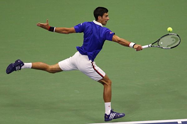 2015美網公開賽,德約科維奇在比賽中。(杜國輝/大紀元)