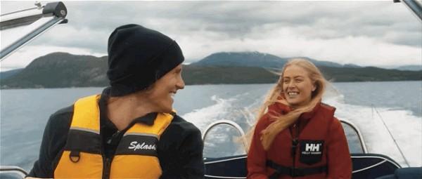 萨缪尔与希尔德冈结婚周年旅行视频中的挪威风光。(视频截图)