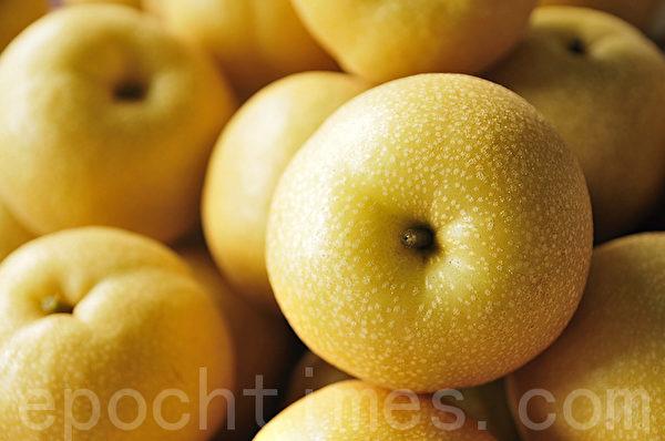 秋天是吃梨的季節,但是在選購、儲存和準備方面,也有所講究。(蘇菊/大紀元)