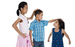 研究:与弟弟妹妹相比 长子长女最聪明