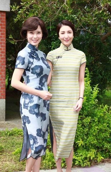 《一把青》主演天心(左)与杨谨华身穿旗袍装亮相。(公视提供)