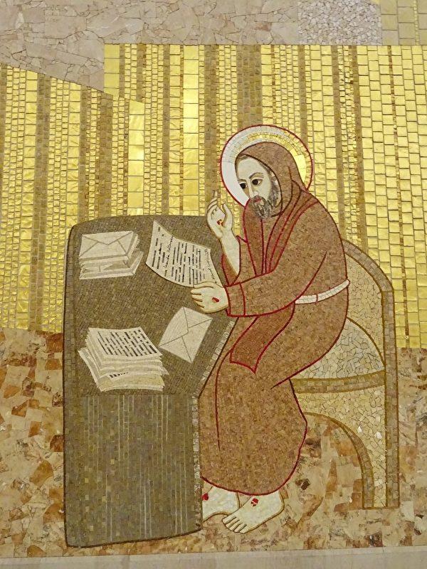 畢奧修士給許多人寫信,給予他們精神指導。(劉佳麗/大紀元)