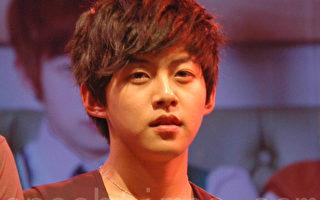 韓最年輕偶像人夫 東浩退團兩年爆婚訊
