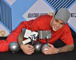 加拿大歌手小贾斯汀在2015年MTV音乐大奖颁奖礼上揽得五奖。(Anthony Harvey/Getty Images for MTV)