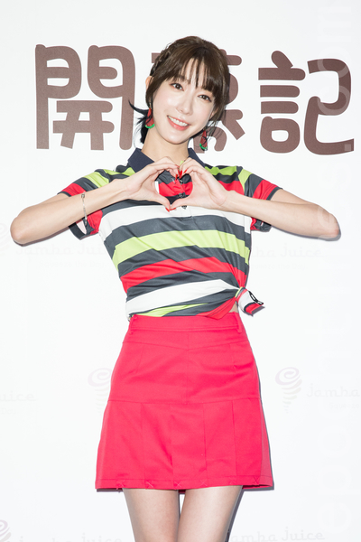 藝人宋米秦10月30日在台北出席開幕記者會。(陳柏州/大紀元)