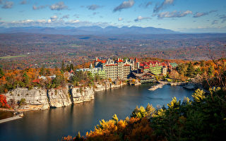 天湖城堡的十大絕美賞秋路線