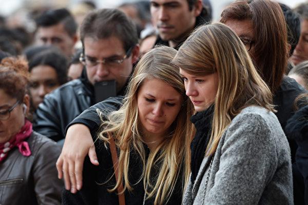 組圖:全球同哀悼巴黎恐怖攻擊遇難者