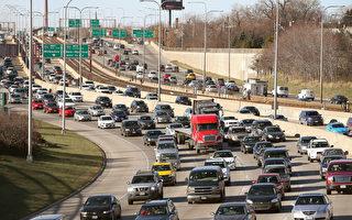 今年感恩节近4700万美国人出行 90%驾车
