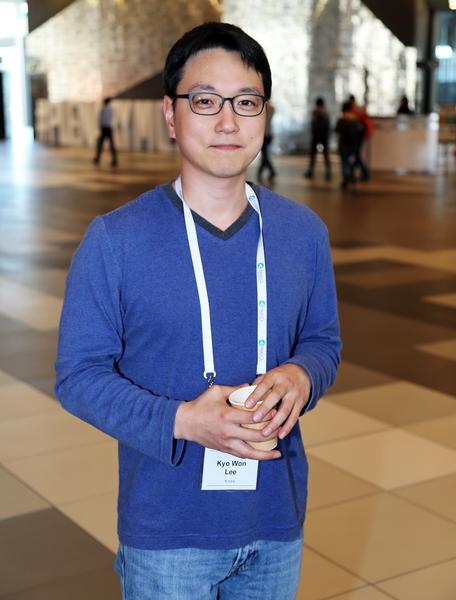 2015年11月15日到19日,國際器官移植協會(TTS)年度會議在澳大利亞墨爾本會展中心舉行。肝臟、腎臟和胰臟移植手術專家李(Lee Kyo Won)先生呼籲:「應該立即制止活摘器官。」(史蒂文/大紀元)