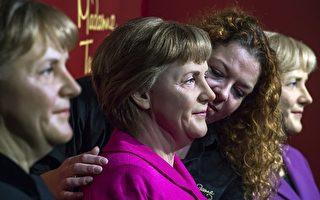 德國總理默克爾執政十年 蠟像館添新人