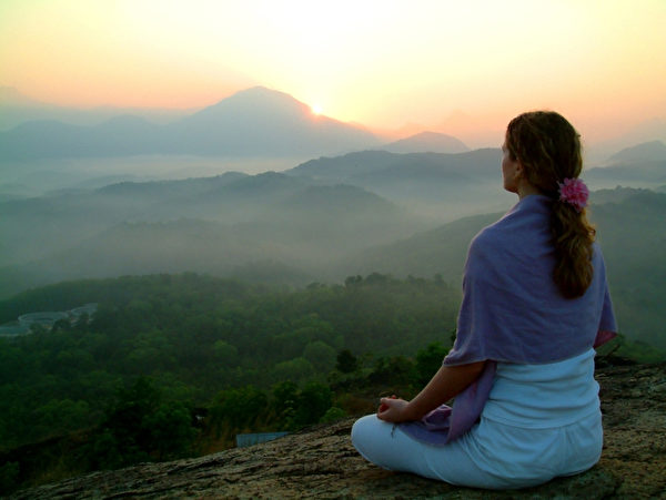 心理學家麥格尼格爾:「更快樂,更健康吧。」(Fotolia)