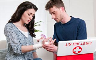 六个常见错误的伤病应急措施