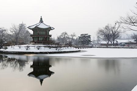 在首爾美麗的景福宮,韓國 - 雪,冬季(fotolia)