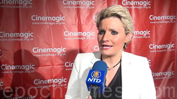 編劇坎貝爾 (Mare Campbell) 希望藉著電影每個人能找到聖誕節的真意。(薛文/大紀元)