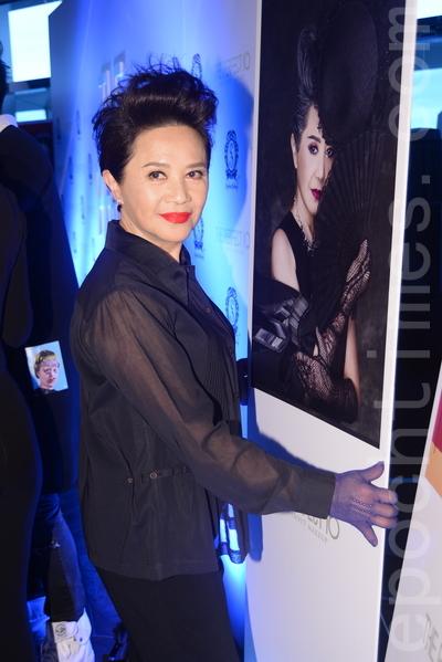 葉德嫻21日出席星級化妝師Stephen入行十周年紀念活動。(宋祥龍/大紀元)