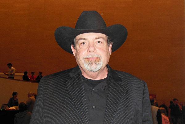 休斯頓最大的土木結構工程公司經理David Harris先生。(李辰/大紀元)