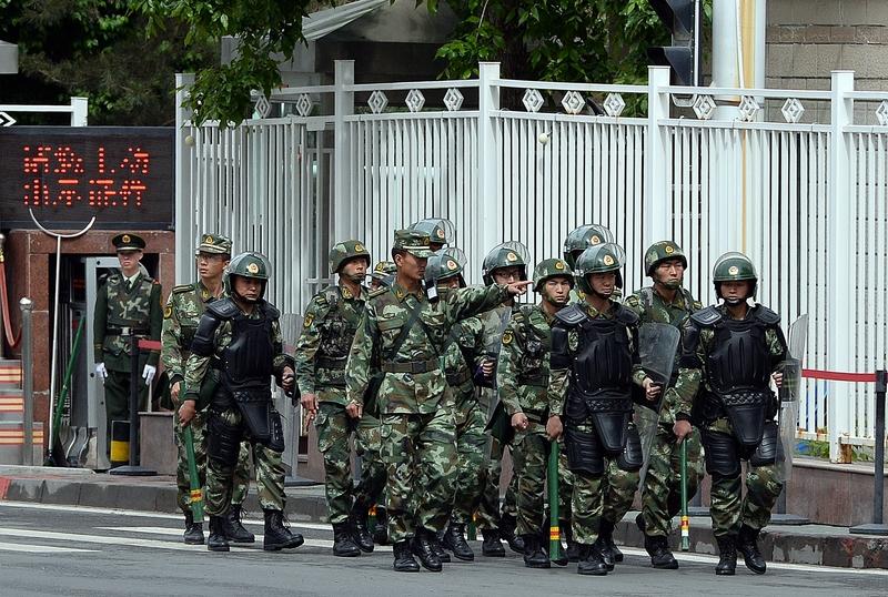 新疆7‧5事件 目擊者親歷中共警察槍殺維人