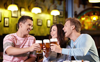每天一杯酒 增加8%心律不整风险