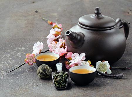 甘泉滋茶味,詩人益茶香 (fotolia)