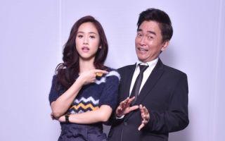 吳宗憲(左)與女兒Sandy合影資料照。(中天提供)