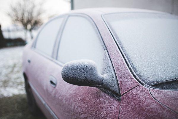 冬季汽車防凍除霜去霧 小竅門大盤點