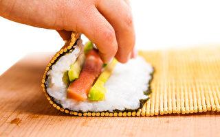 一加拿大人自制寿司染寄生虫病