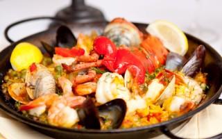 去Marbella 吃華人最愛的西班牙海鮮飯
