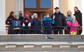 挪威國王登基25週年 哈拉爾一生不平坦