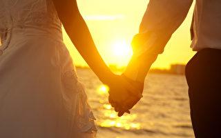 当绚丽爱情回归平淡婚姻