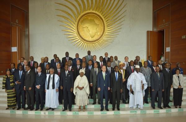 2016年1月30日,非盟总部亚的斯亚贝巴,非洲联盟总统和政府的领导人的合影。非洲联盟第26次首脑会议,今年会议提出了关注人权主题,但人权问题仍有极大分歧,今年非洲将有17个国家举行大选。(TONY KARUMBA/AFP)