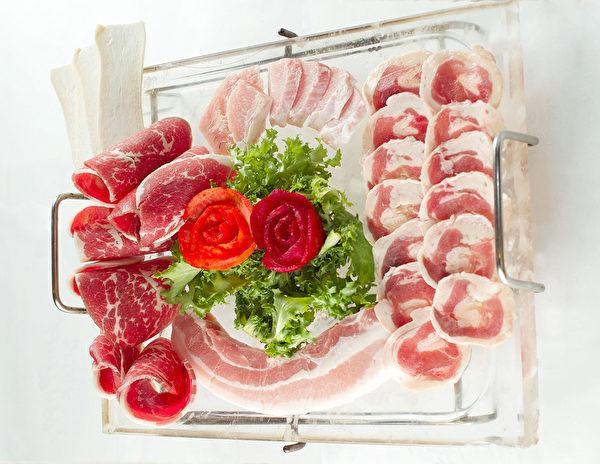 水晶盤烤肉。(大紀元圖片)