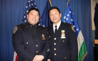 纽约市警升职典礼 两华裔荣升