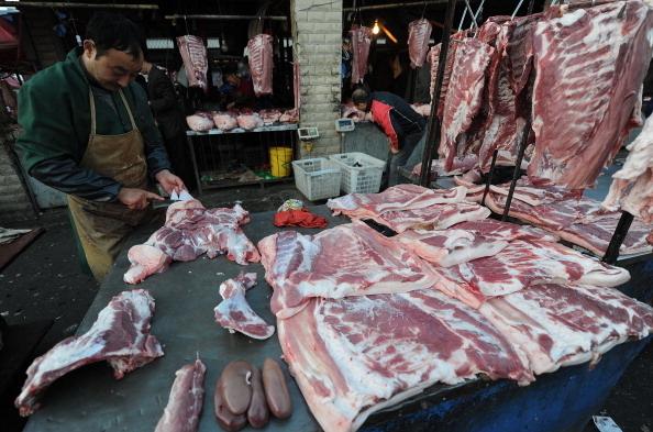 孟晚舟庭審前 中共暫停兩加拿大豬肉商進口