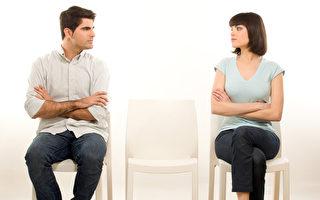 当工作危及婚姻时 你该怎么办?