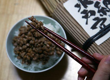 纳豆(发酵的黄豆)。(Koichi Kamoshida/Getty Images)