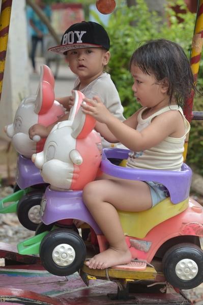 印尼雅加達行動遊樂園圓民貧區兒童夢。(ADEK BERRY/AFP/Getty Images)