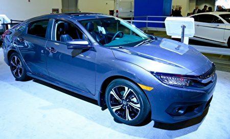 本田思域(Honda Civic)荣获加拿大2016年度最佳车奖及年度最佳多功能车奖。(任侨生/大纪元)