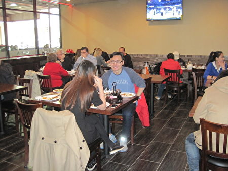 """新装修的""""上海园""""为顾客提供更舒适的就餐环境。(杨茜/大纪元)"""